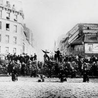 Em Memória da Comuna