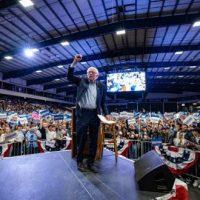 """""""Bernie é a verdadeira escolha feminista"""""""
