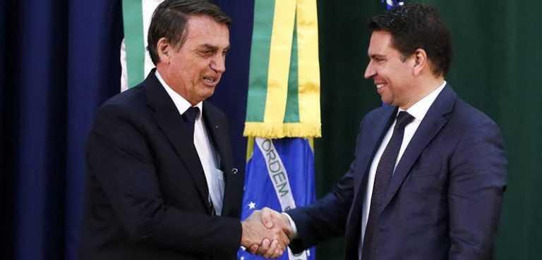 Sâmia e bancada do PSOL entram com ação contra a nomeação do novo diretor da PF