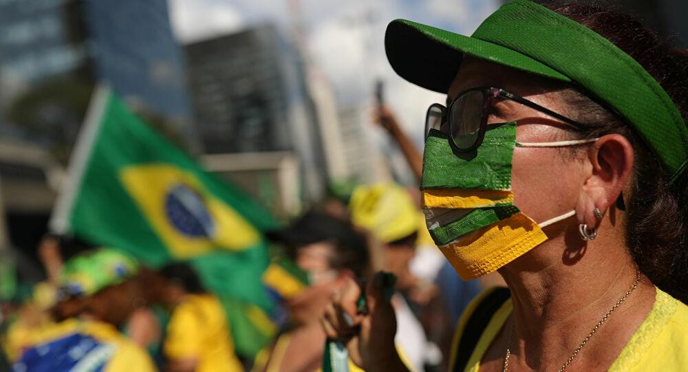 Bolsonaro e seus eleitores: a psicologia das massas de Sigmund Freud