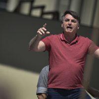Não reafirmemos que Bolsonaro é louco, isso o protege ao invés de atacá-lo