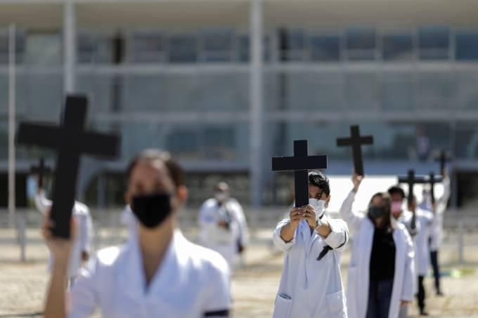 12M – Dia Internacional da Enfermeira. Dia de unificar a luta dos trabalhadores da saúde!