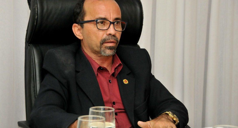 Sandro quer ações para reduzir aglomerações na Caixa Econômica