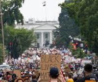 Derrotar Trump nas ruas e nas eleições!