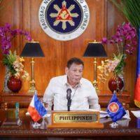 """Filipinas: a pergunta candente não é """"se"""", mas """"como"""" Duterte irá embora"""