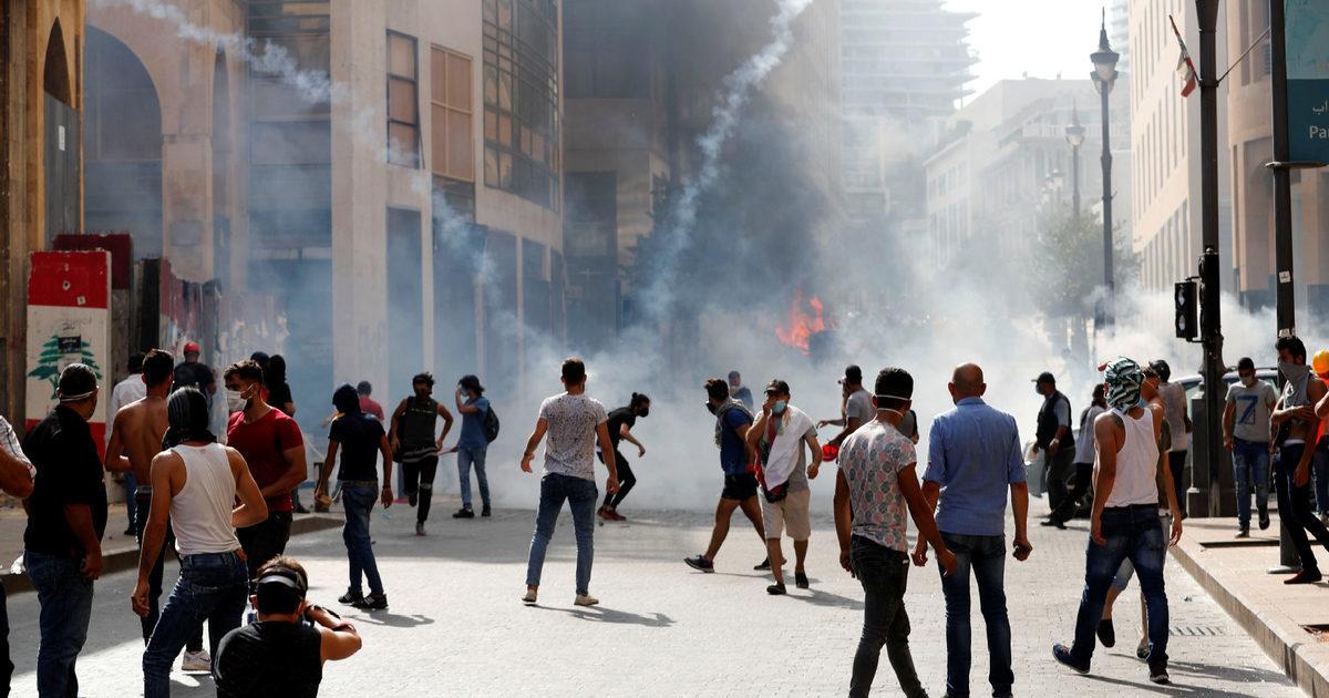 30 anos de desgoverno político e econômico: a devastadora explosão de Beirute não sacudiu o controle da classe dominante no Líbano