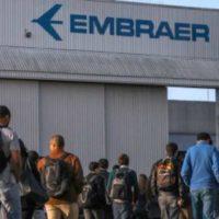 Junto com a bancada do PSOL, Sâmia Bomfim exige explicações sobre demissões na Embraer