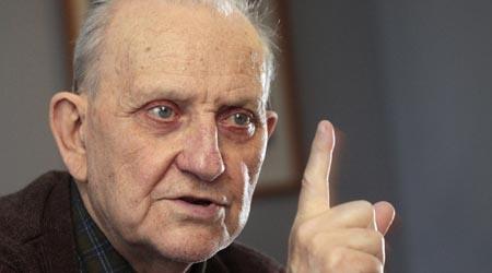 István Mészáros presente!