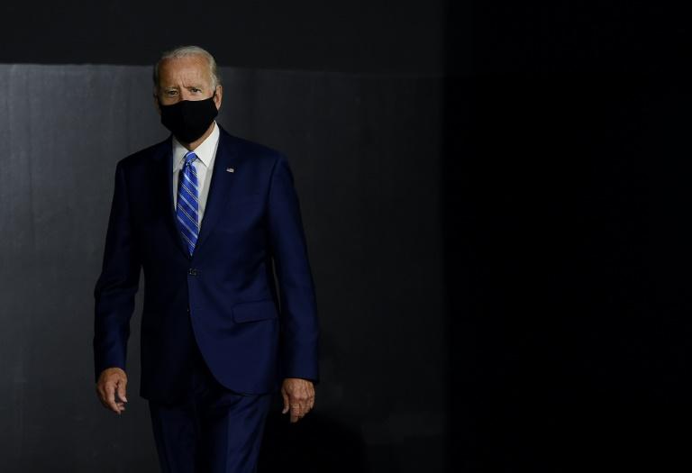 Por que sou a favor de votar para Biden e o incentivo para que também o faça