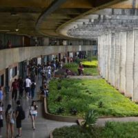 O desmonte das universidades públicas no Brasil