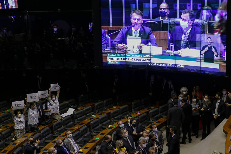Bolsonaro quer retomar a iniciativa: é necessário resistir