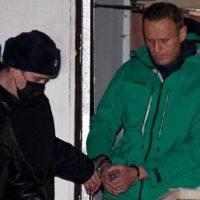 Chamada internacional para a libertação imediata de todos os presos políticos na Rússia
