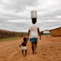 Março Feminista: A luta das mulheres pelo direito à água