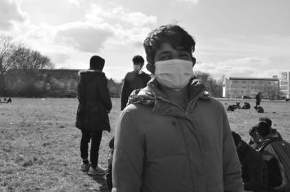 Haverá pranto e ranger de dentes: experiências de pessoas em movimento em uma nova ( repetição da) rota balcânica através da Romênia