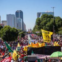 Só as ruas podem derrotar o golpismo de Bolsonaro