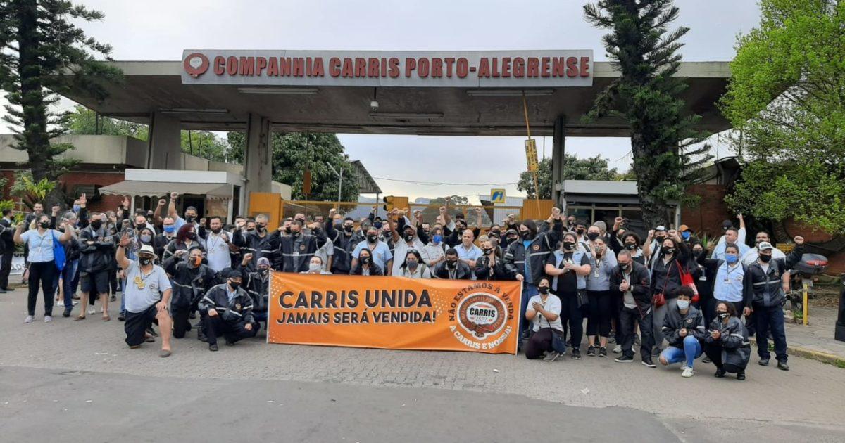 Rodoviários têm mais um dia de luta em defesa de seus empregos e da CARRIS pública em Porto Alegre